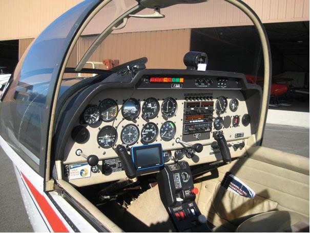 Avion école HR200 aéroclub proche de Paris CASGAC